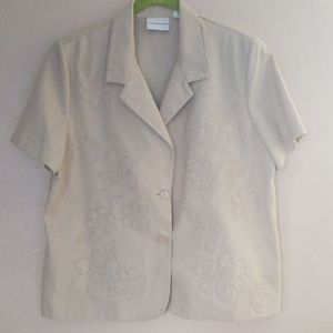 ALFRED DUNNER Creme short sleeve jacket